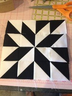 Block 22 by knitnlit, via Flickr by rosa