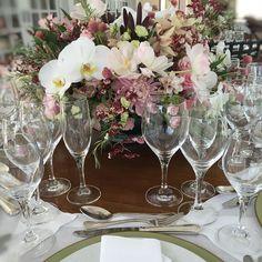 Almoço especial @fabioborgatto1 @telmahayashi #fabioborgatto #telmahayashi #tablescape #tablesetting #tabledecor by telmahayashi