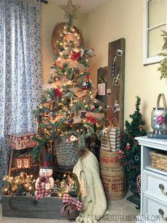Salvaged Christmas Home Tour – Living Room