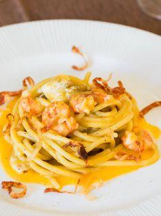 Spaghettone con pomodoro giallo  #mieledilavanda #pomodoro #gamberi