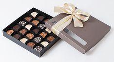 Pecadille: caixa com 25 bombons decorados