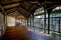 serra con soppalco pavimento in legno
