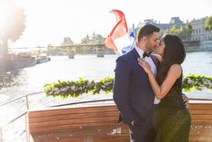 How to propose on a private Seine River boat in Paris Seine River Cruise, Best Places To Propose, Romantic Proposal, Marriage Proposals, Getting Engaged, The Good Place, Boat, Paris, Dinghy