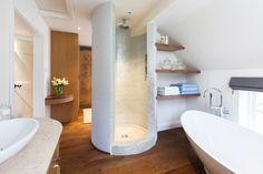 Traumbad Boden runde Duschkabine Mosaik Fliesen