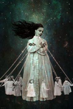 Beth Conklin (via Pinterest) | Frank T. Zumbachs Mysterious World