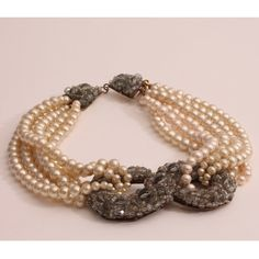 VINTAGE COPPOLA E TOPPO FAUX PEARL AND GLASS BEAD NECKLACE