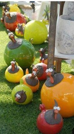 Les poulets - www. - Les poulets – www.fr … – son – # Poulets … – Art C - Clay Birds, Ceramic Birds, Ceramic Animals, Clay Animals, Ceramic Pottery, Pottery Art, Ceramic Art, Diy Clay, Clay Crafts