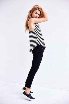 ankle-length skinny jean