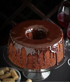 Bolo de Chiffon de Chocolate