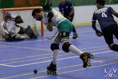 la Selección Vasca de Hockey sobre Patines atacando en el Campeonato Internacional de Macao