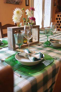 Una mesa rústica con una decoración rápida y sencilla   Decorar en familia   DEF…