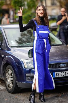 How To Wear Overalls In Winter Street Style Fall Outfits 55 Trendy Ideas Cute Overalls, Skinny Overalls, Black Overalls, Athleisure, How To Wear Shirt, Tailored Jumpsuit, Girl Fashion, Fashion Outfits, Jumpsuit Outfit