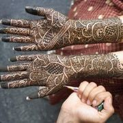 How to Make Your Own Mehndi Henna Dye   eHow