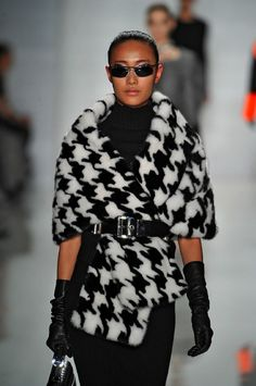 Michael Kors Fall 2013 RTW - Runway Fashion Video