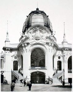 The Palace of Textiles and Garments at the Exposition Universelle in 1900, Paris