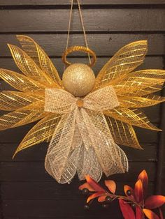 Large Angels-Deco Mesh-Assorted Colors - - Large Angels made out of Deco mesh and ribbons. Large enough to hang on a wall or door. Great for a gift topper. 9 inches in height and 11 inches wide. Christmas Mesh Wreaths, Christmas Angels, Christmas Holidays, Christmas Ornaments, Winter Wreaths, Prim Christmas, Spring Wreaths, Summer Wreath, Christmas Ribbon