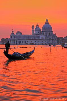 """""""Santa Maria della Salute"""". Veneza. Itália."""