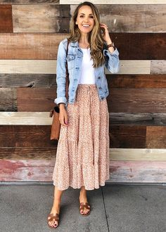 80s Fashion, Modest Fashion, Look Fashion, Fashion Outfits, Fashion Tips, Feminine Fashion Style, Fashion Quotes, Petite Fashion, Casual Summer Fashion