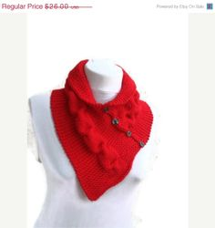 ON SALE Red neckwarmers with button, Chunky Scarf , fall fashion, winter accessories,