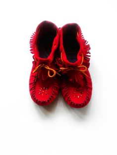 Vintage Red Leather Beaded Fringe Moccasins / Ankle Booties / Women's Size 9 / Native American / Southwestern / Vintage Shoes / Boho Chic by JulesCristenVintage on Etsy