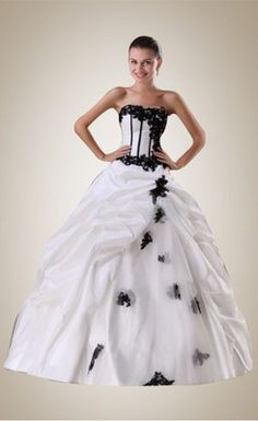 Fashion Beaded Applique Ball Gown White and Black Wedding Dress