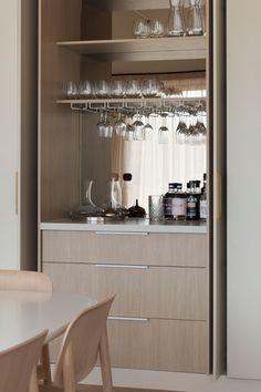 RETREAT RESIDENCE M — CJH Studio Nordic Design, Küchen Design, Muebles Living, Interior Architecture, Interior Design, Home Bar Designs, Minimal Home, Kitchen Trends, Kitchen Ideas