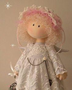 para te inspirar... ❤️ ➡️ www.artecomquiane.com        #russia #russiandoll #bonecas #bonecasrussas #bonecasdeluxo  #feltro #felt #inteligenciaemocional #inspiração  #xmas #botao #botão #buttons  #diy #amor #handmade #craft #retrô #festa #decor #muffin #felt #feltro #ornament #ornaments #artesanato #ornamentação #decor #gatos #gato #catlove #gatosdeinstagram #gatostagram