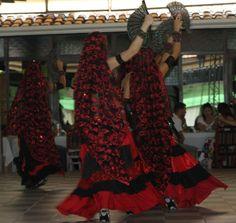Dança do Ventre Vinhedo - Atelier Beth Fallahi Sister Studio®: Vale sempre lembrar que os, figurinos de dança do ...