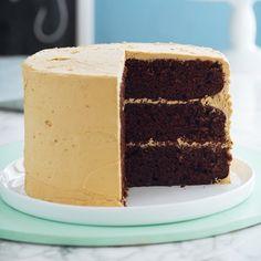 Chocola cake with caramel frosting Chocolate Caramel Cake, Caramel Frosting, Chocolate Recipes, Anna Olson Chocolate Cake Recipe, 3 Layer Chocolate Cake Recipe, Cupcake Recipes, Baking Recipes, Cupcake Cakes, Dessert Recipes