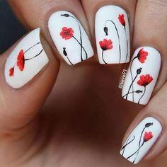 "46 Likes, 1 Comments - Vip Nails by @tataprossi (@vipnailsbr) on Instagram: ""Amei essa unha! Tão linda, e tão delicada! By @lieve91 #vipnailsbr #whitenails #flowersnails…"""