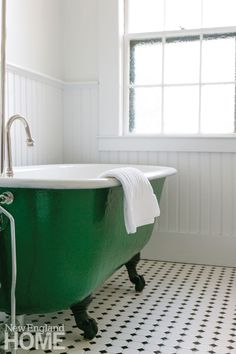 Back patio and fire pit at Whitehall, a Camden Maine hotel - Picture of Whitehall, Camden - Tripadvisor Pedestal Sink Bathroom, Clawfoot Tub Bathroom, Small Bathroom, Family Bathroom, Bathroom Ideas, Upstate New York, Plank, Tub Paint, Bathroom Inspiration