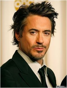 Now this is one handsome man, right there!!!! :) #RobertDowneyJr