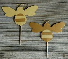 Add some sweet cupcake decor to your party treats with our honey bee cupcake toppers and honeycomb wraps. Cut onto gold metallic paper to complete the look Bee Cupcakes, Gold Cupcakes, Bee Party, Celebrate Good Times, Paper Crafts, Diy Crafts, Metallic Paper, Party Treats, Cupcake Toppers