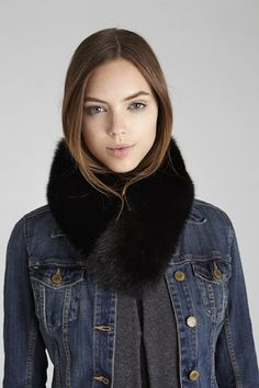 Black Windsor Fox Fur Collar