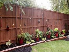 Ethereal Front yard fence landscaping,Privacy fence mesh and Garden fence hooks. Cheap Privacy Fence, Privacy Fence Designs, Garden Privacy, Backyard Privacy, Backyard Fences, Garden Fencing, Privacy Plants, Fence Plants, Privacy Fence Decorations