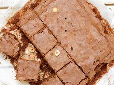 Brownies met hazelnoten uit het kookboek Rutger Bakt