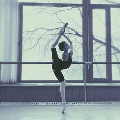#GaynorGirls #flexible @worldwideballet @worldwidedance #bolshoiballetacademy .... #ballet#theballetpage #russianballerina #dancer#ballerina#balletpost #balletspirit#instagramballerinas21#ballet_instagram#instagramfordancers#apinkballerina#darlingballerinas#cool#food#instasize#great#балет#мгах#балерина#love#friends#гибкость#ballerinaproject #balletofrepertoire #futureofballet #worldwideballet #talnts