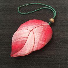 maple leaf shaped key cover holder applique sewing handmade 枫叶先染钥匙包