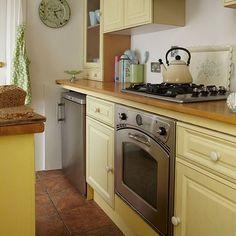 Vintage Yellow Country Kitchen weiße ikea küche cathi | küche | pinterest | winter holidays