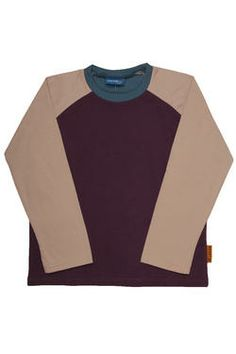 Boys essential top with raglan sleeves and colour-blocking, finished with a Naartjie Kids SA label. Kid Essentials, Holiday 2014, Holiday Dresses, Kids Fashion, Girl Outfits, Label, Dress Up, Range, Colour