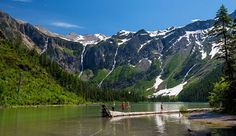 Yellowstone to Glacier National Park Road Trip. 40% of Yellowstone visitors also plan to spend time in Montana's Glacier country, an outdoor and wildlife hotspot.
