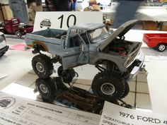 4X4 Ford.