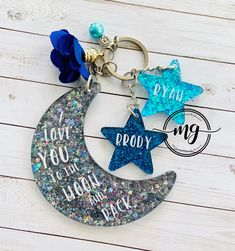 Excited to share this item from my #etsy shop: Moon and Stars Keychain, Twinkle Twinkle Little Star Keychain, Star Keychain, Custom Mama Keychain, Moon and Stars Key Ring, Star Key Ring Diy Resin Projects, Diy Resin Art, Diy Resin Crafts, Diy Arts And Crafts, Diy Resin Keychain, Acrylic Keychains, Cute Keychain, Keychain Ideas, Keychain Design