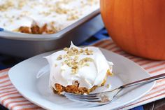 Recipe: Skinny Pumpkin Cheesecake Poke Cake