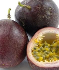 Tips For Growing Passionfruit - http://www.ecosnippets.com/gardening/tips-for-growing-passionfruit/