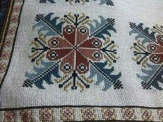This Pin was discovered by Ayş Just Cross Stitch, Cross Stitch Borders, Cross Stitch Designs, Cross Stitching, Cross Stitch Patterns, Folk Embroidery, Cross Stitch Embroidery, Motifs Textiles, Palestinian Embroidery