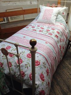 Emma Bridgewater Rose & Bee Bedding