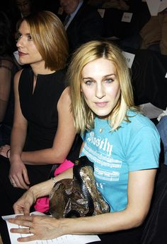 Claire Danes and Sarah Jessica Parker at Narciso Rodriguez in 2003 during fashion week
