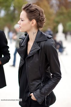 Just had to pin another one of her - tattoo placement...Freja Beha Erichsen