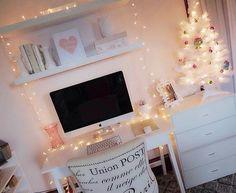 Image via We Heart It https://weheartit.com/entry/176027911 #apple #christmastree #inspo #lights #macbook #room #winter